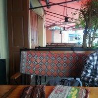 5/11/2013 tarihinde Jull S.ziyaretçi tarafından Cafe Kala | კაფე კალა'de çekilen fotoğraf