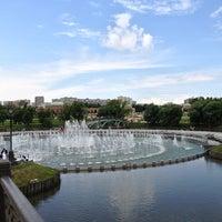 Das Foto wurde bei Tsaritsyno Park von Svetlana am 7/19/2013 aufgenommen