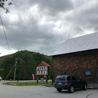 Photo taken at Pizza Barn by Christy T. on 5/20/2018