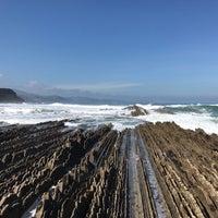 Photo taken at Playa de Itzurun / San Telmo by José Manuel R. on 3/19/2017