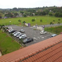 Photo taken at Blok Kayangan UiTM Segamat by raja zaheed a. on 2/19/2013
