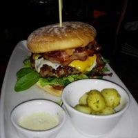 Das Foto wurde bei CA-BA-LU Burger & More von Beate P. am 2/1/2015 aufgenommen