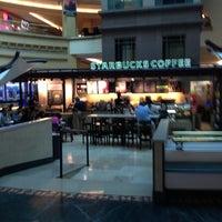 Photo taken at Starbucks by Jesus Salvador A. on 4/11/2013