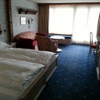Photo taken at Best Western Alpen Resort Hotel by Wileen S. on 4/30/2013