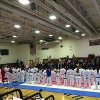 Das Foto wurde bei St. Albans High School von Heidi M. am 2/1/2014 aufgenommen