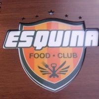 Photo taken at Esquina Food Club by Eduardo V. on 11/12/2013