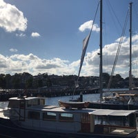 Photo taken at Jones Bay Wharf by Yinuo C. on 6/24/2018