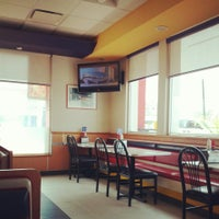 Photo taken at Carl's Jr. by Andres Lefh C. on 5/15/2013