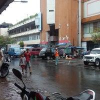 Photo taken at Pasar Besar Kota Malang by Danu Z. on 4/12/2013