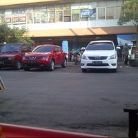 Photo taken at Pasar Besar Kota Malang by Danu Z. on 5/30/2013