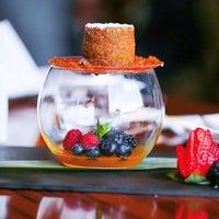7/15/2018 tarihinde Tokyo Restaurant | مطعم طوكيوziyaretçi tarafından Tokyo Restaurant'de çekilen fotoğraf