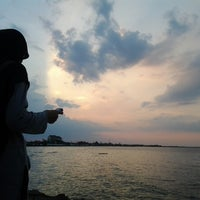 Photo taken at Pantai Pasir Kencana by _sideq .. on 11/22/2013