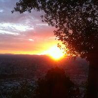 Das Foto wurde bei Cumbre Cerro San Cristóbal von Cristian L. am 2/11/2013 aufgenommen