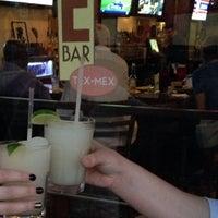 รูปภาพถ่ายที่ E Bar Tex-Mex โดย Susie O. เมื่อ 8/13/2014