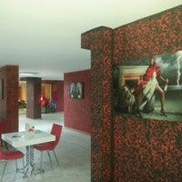 Photo taken at Cafe Gusto Riko by Sinan Ö. on 10/27/2013