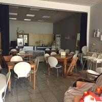 Photo taken at Kanelbullen Café & Bistro by Kahani on 7/16/2017