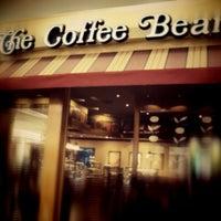 Photo taken at The Coffee Bean & Tea Leaf by ArtDuane on 12/3/2012