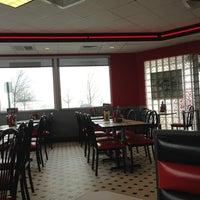 Photo taken at Steak 'n Shake by Michael D. on 3/25/2013