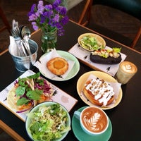 Photo prise au Sitka Restaurant par Selene T. le4/17/2014