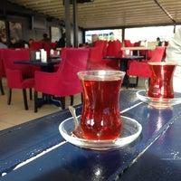Foto scattata a Mavi Haliç Cafe da Yalçın Ş. il 3/10/2013