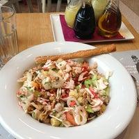 3/14/2013 tarihinde ...ziyaretçi tarafından Kule Cafe & Brasserie'de çekilen fotoğraf