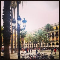 Foto tomada en Plaza Real por Totts O. el 4/4/2013