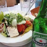 8/16/2013 tarihinde Petar D.ziyaretçi tarafından Ψαροταβερνα Κουκλις / Kouklis Restaurant'de çekilen fotoğraf