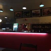 Foto tirada no(a) Nikkey Sushi Bar e Petiscaria por Andressa M. em 2/4/2015
