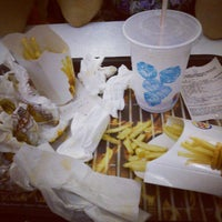 Photo taken at Burger King by Andressa A. on 3/10/2013