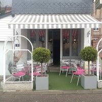 Photo taken at Le Café Des Glaces by Nele B. on 4/7/2014