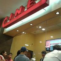Foto tomada en Cinemark por Carlos X. el 4/10/2013