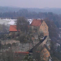 Photo taken at Burg Pottenstein by Mikiboj B. on 3/29/2013