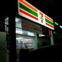 Photo taken at 7 Eleven T6 by Mohd H. on 3/23/2013