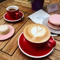 Foto scattata a Chez Dodo - Artisan Macarons & Café da Anička D. il 6/15/2018