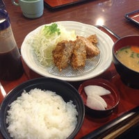Photo taken at まるまつ 鎌田店 by Tomoaki O. on 4/26/2013