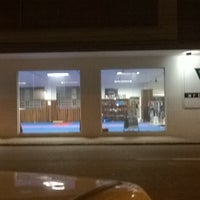 Photo taken at VO2 ARTES MARCIAIS by Trick® on 6/16/2014