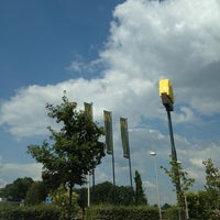 Photo taken at McDonald's by Frans V. on 8/28/2013