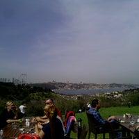3/31/2013 tarihinde Abdullah Y.ziyaretçi tarafından Messt Cafe & Restaurant'de çekilen fotoğraf