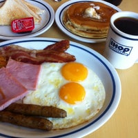 Photo taken at IHOP by Peet S. on 9/24/2013