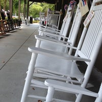 Photo taken at Cracker Barrel Old Country Store by Eddie D. on 7/20/2012