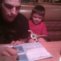 Photo taken at Applebee's Neighborhood Grill & Bar by Ashlie B. on 9/10/2011