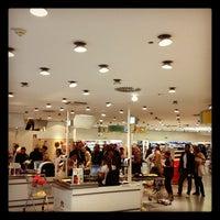 Das Foto wurde bei dm-drogerie markt von Markus K. am 6/16/2012 aufgenommen
