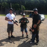 Photo prise au Badlandz Paintball Field par Sergio A. le6/28/2012