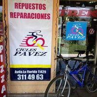 Photo taken at Cicles Pavez by Claudio A. on 12/10/2011