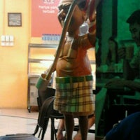 Photo taken at Restoran Muhibbah by Hazriel A. on 12/8/2011