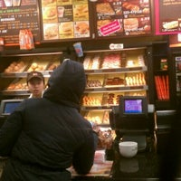 Photo taken at Dunkin' Donuts by Lisum L. on 1/21/2012