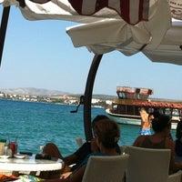 8/22/2012 tarihinde Burak A.ziyaretçi tarafından Kumrucu Şevki Plus & Çilek Cafe'de çekilen fotoğraf
