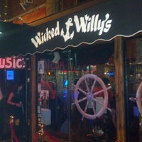 Photo taken at Wicked Willy's by Kenny H. on 9/1/2012