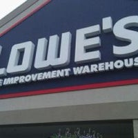 Photo taken at Lowe's Home Improvement by Kim M. on 4/8/2011