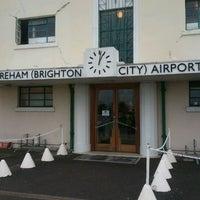 Foto tomada en Shoreham (Brighton City) Airport (ESH) por Nick el 12/1/2011